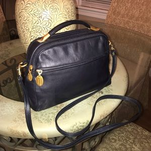 Trendy Stone Mountain Leather Top Handle Bag! Navy